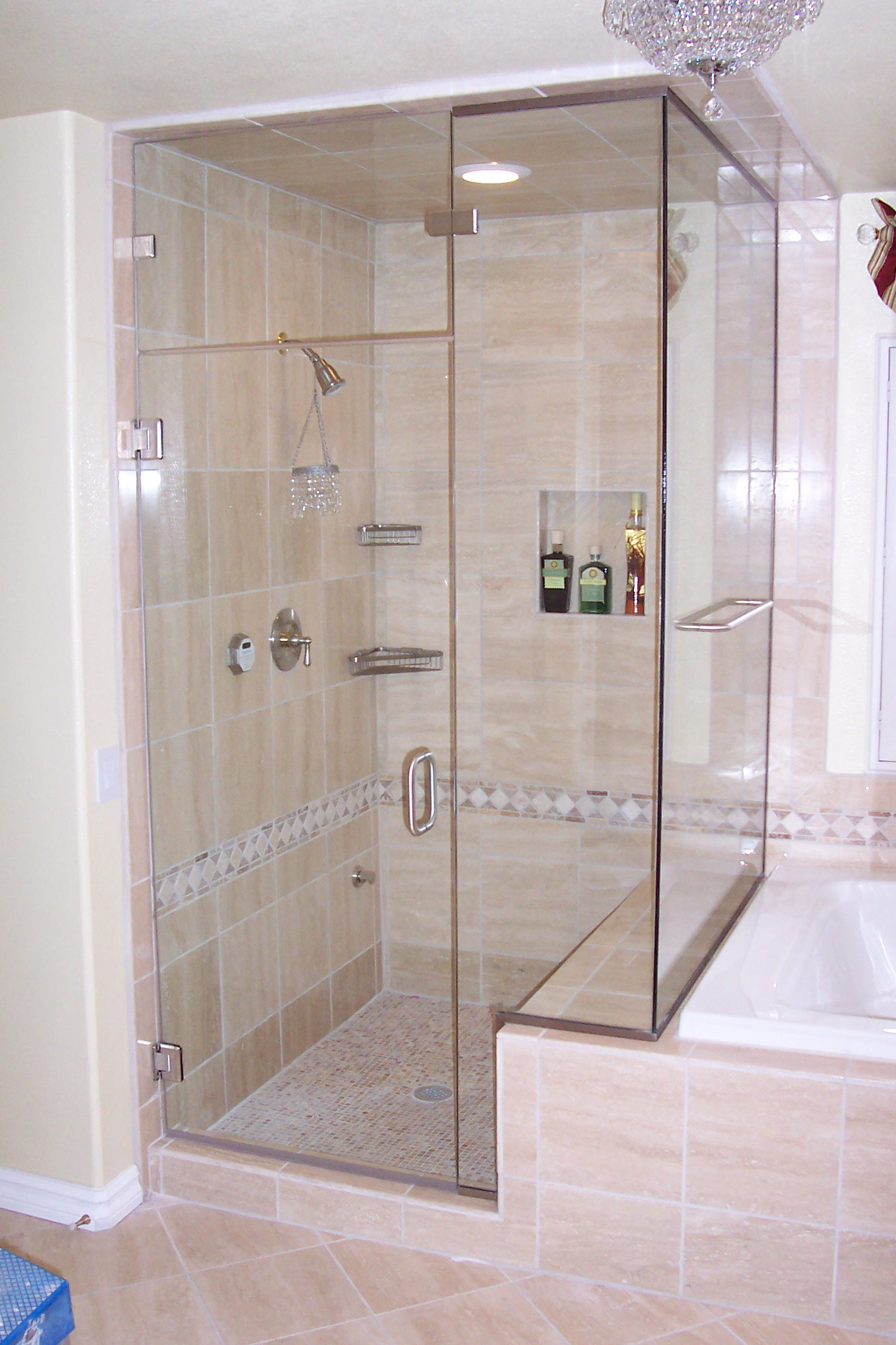 Shower Doors - Precision Glass & Mirror