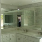 precision-glass-and-mirror-bathroom-mirror-gallery-image.jpg